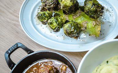RECEPT: Varkenswangetjes van Brasserie Carstens