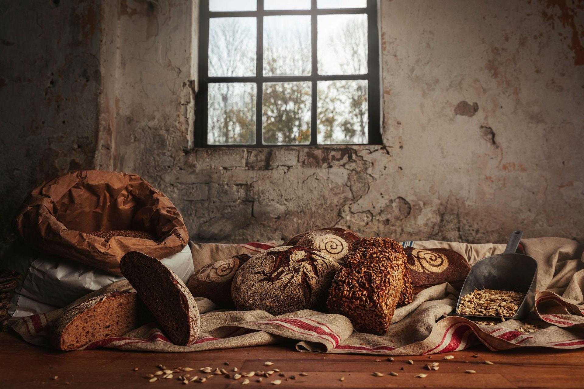 Foto's van brood van emmertarwe van De Veldkeuken, gemaakt door René van der Veer en andere bakkers - Foto door Bibi Veth